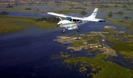 fly in safari au botswana