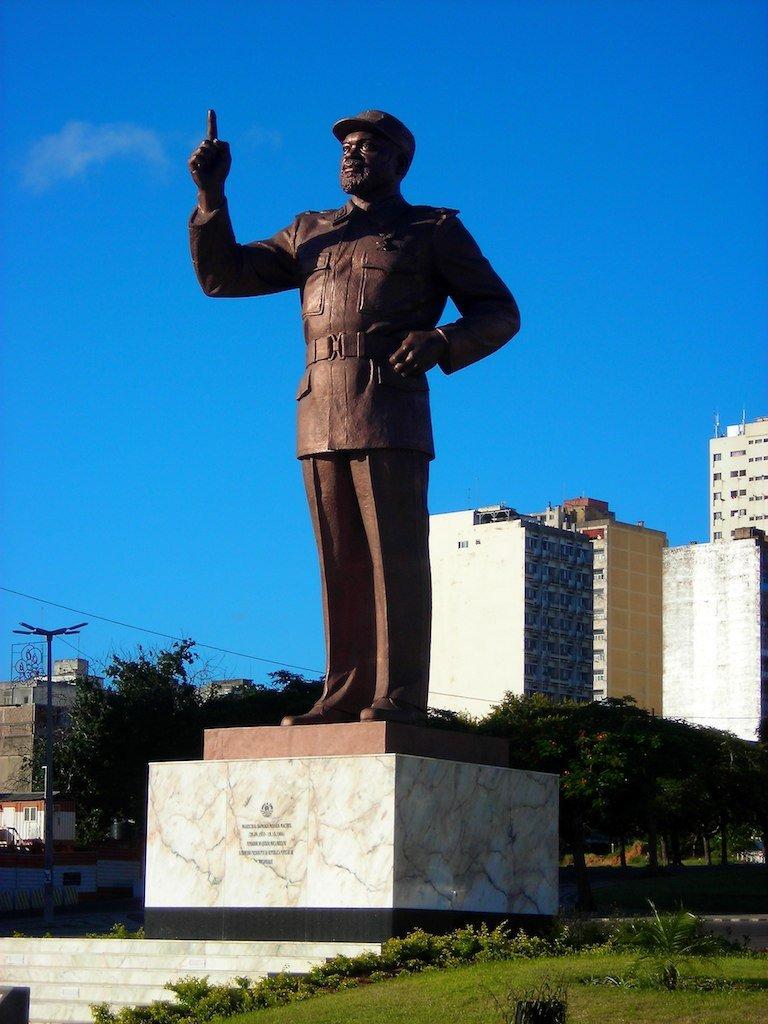 monument maputo