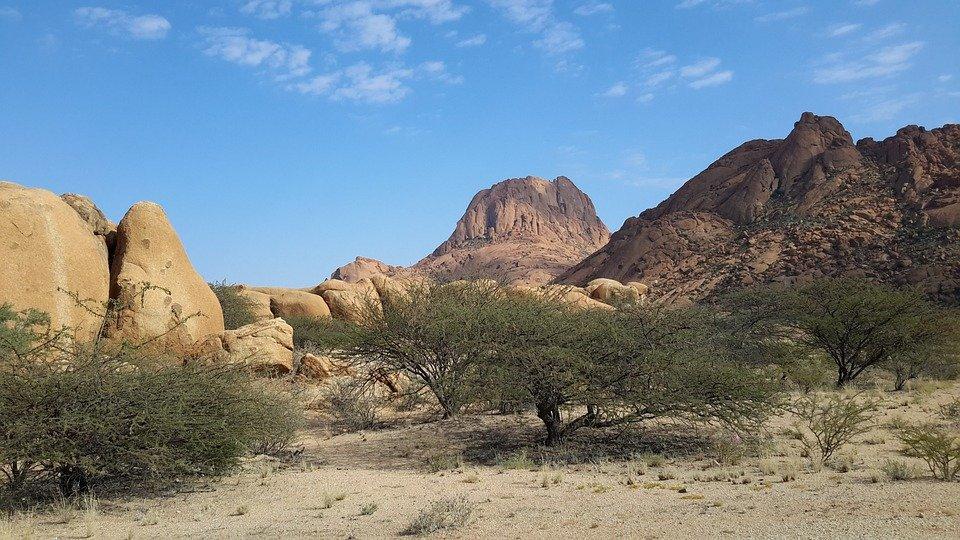 Spitzkoppe montagne granit